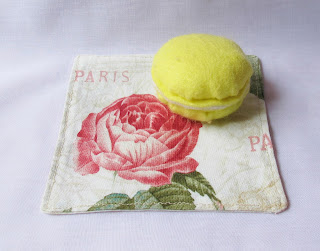 image domum vindemia fabric cocktail napkin set la vie en rose paris france cream beige red rose bloom arc de triomphe eiffel tower shabby chic vintage style