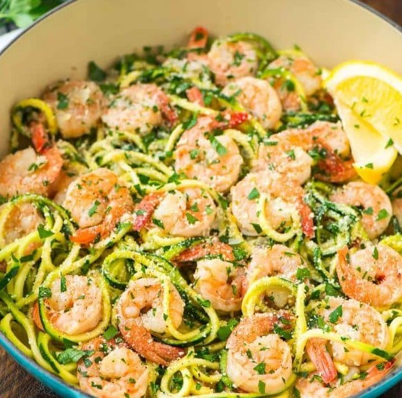 Healthy Shrimp Scampi with Zucchini Noodles #healthydiet #lowcarb