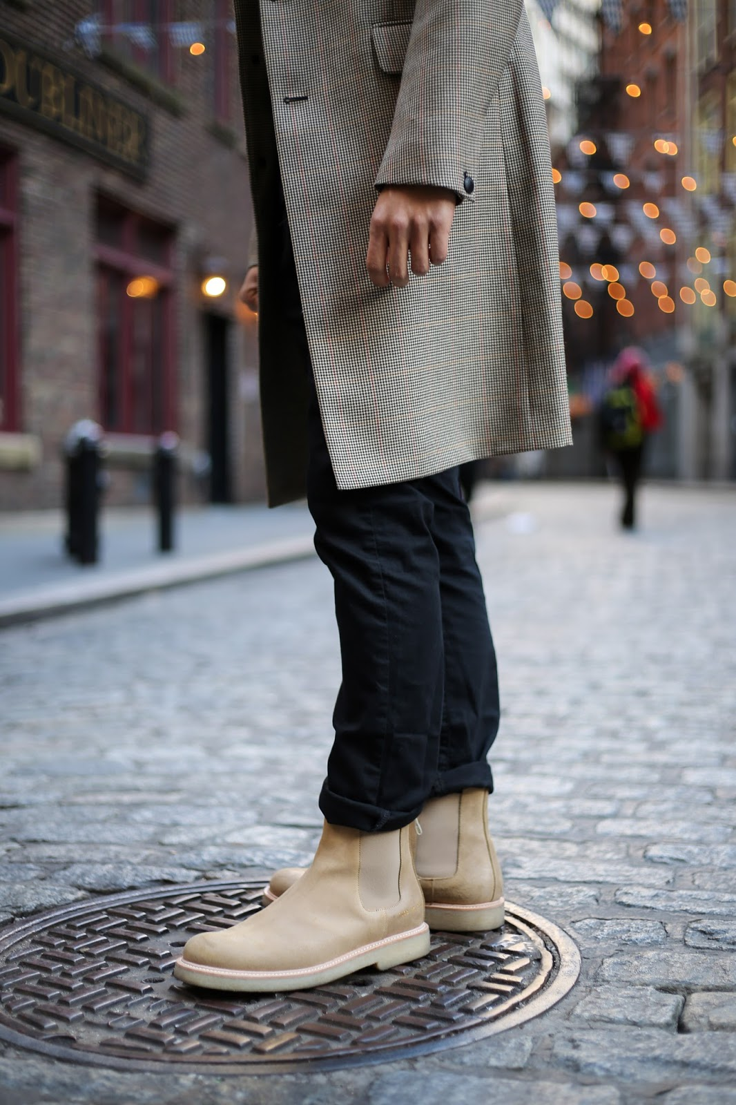 Levitate Style, menswear blogger, wearing Commons Projects Chelsea Boots