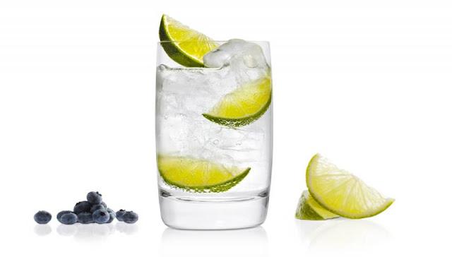 Τα τρία ποτά που επηρεάζουν αρνητικά τη λίμπιντο