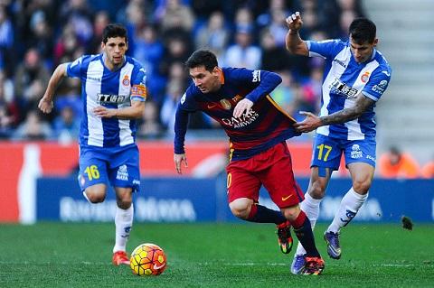 Messi cùng đồng đội đã có khởi đầu năm mới không mấy thuận lợi