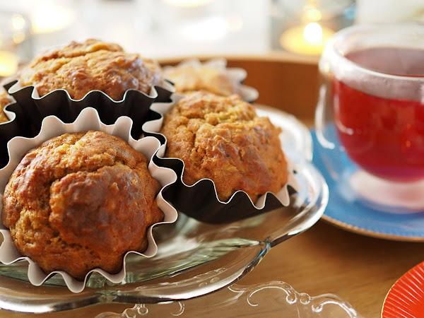 Syysiltojen maistuvimmat cheddar-kaalimuffinit