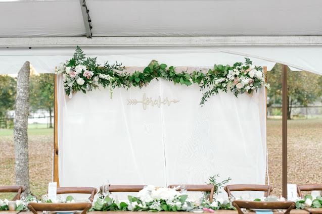 sweet wedding backdrop