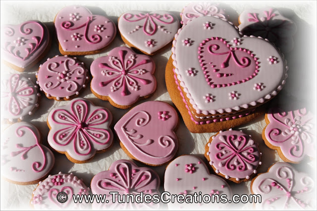 Pink TruColor cookie set by Tunde Dugantsi
