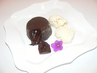 lava cake, prajitura, desert, dulciuri, ciocolata, sufleu de ciocolata, retete, retete culinare, prajituri de casa, retete cu ciocolata,