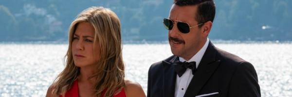 """İlk """"Cinayet Gizemi"""" Görüntüleri, Adam Sandler ve Jennifer Aniston'ı Netflix Komedisinde Yeniden Birleştirdi"""