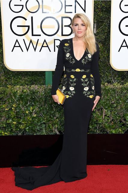 Cougar Town star Busy Phillips wore a pretty, floral dress at 2017 Golden Globes