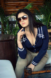 Bollywood, Tollywood, cute, perfect, hot sexy actress sizzling, spicy, masala, curvy, pic collection, image gallery