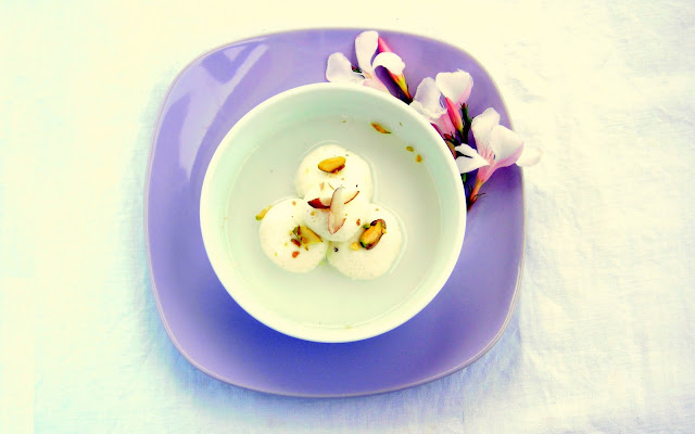 pressure cooker rasgulla indian dessert