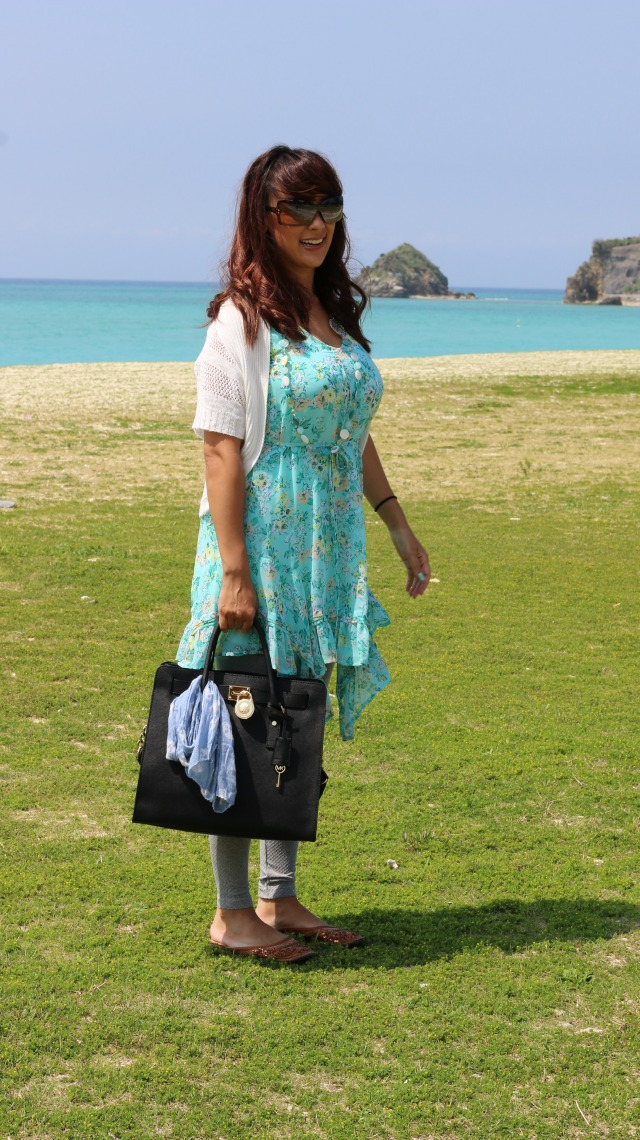 http://sweethaute.blogspot.com/2015/04/floral-mint-link-up-fashion-friday-14.html