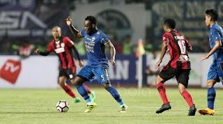 Siaran Langsung Live Streaming Persipura vs Persib Bandung 28 Agustus 2017