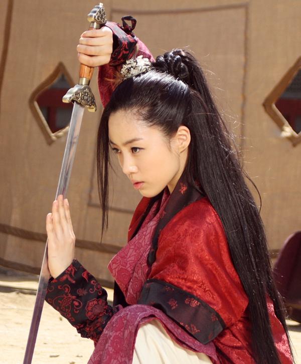 GallianMachi: Ham Eun Jung And Qri In King Geunchogo