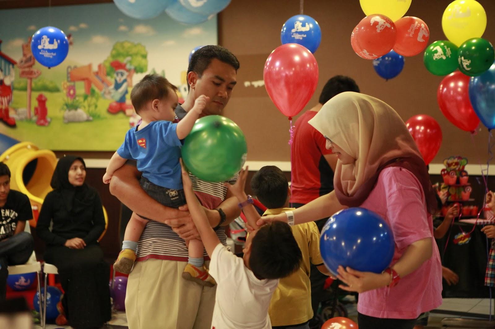 Ruzain 1st Birthday Kfc Subang Parade