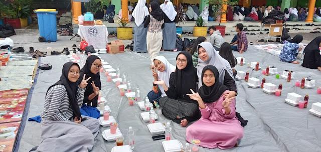 Kegiatan Sanlat dan Bukber 2019 SMAN 110 Jakarta