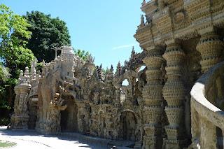 El Palacio Ideal del Facteur Cheval.