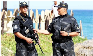 Taking bribe, Tunisian official 'caught red-handed'