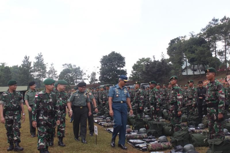 Waasops Panglima TNI Cek Kesiapan Satgas Yonif Para Raider 330/TD Kostrad