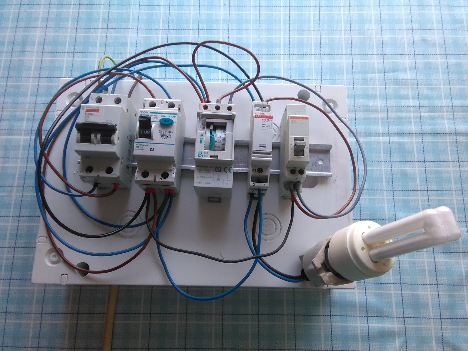 esquema eléctrico cuadro jardín reloj contactor y manual