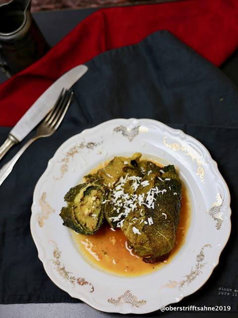 Kohlrouladen mit Wirsing vegetarisch
