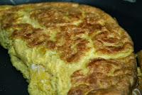 http://godtsuntogbillig.blogspot.fr/2013/10/omelett-fransk-oppskrift-eggedag.html