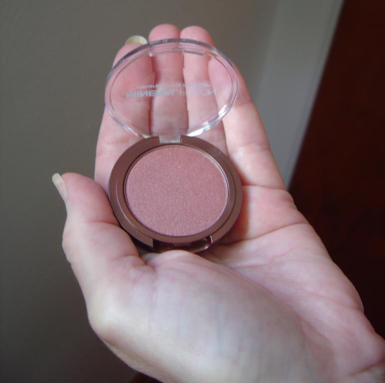 Blush for Oily Skin Blush Trick for Better Wear