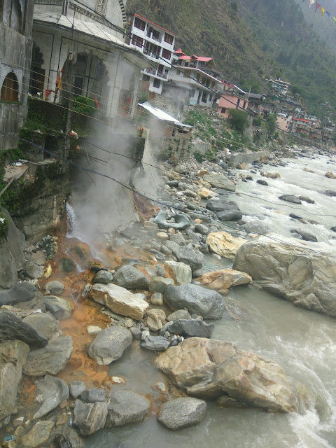 Manikaran_Manali_hot_water_images