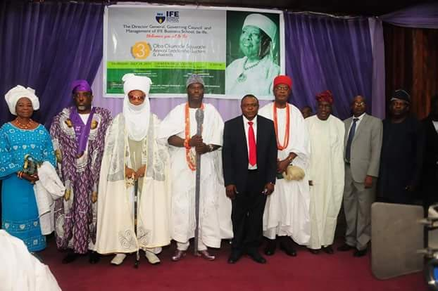 Photos: Obi of Onitsha, Ooni of Ife at 2016 Oba Okunade Sijuwade Lecture & Awards
