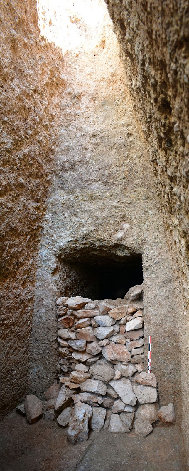 Monumental Mycenaean tomb discovered near Orchomenos in Boeotia, central Greece