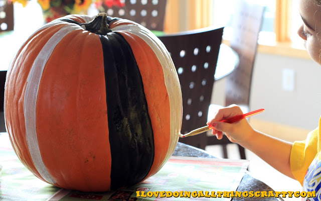 DIY Painted Pumpkins | Halloween Decor