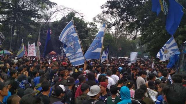 Lima Sikap Bobotoh Persib dalam Demo Melawan Keputusan PSSI