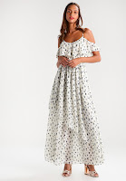 https://www.zalando.be/abercrombie-and-fitch-cold-shoulder-maxi-jurk-a0f21c00g-a11.html