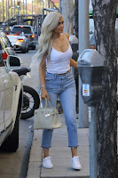 Kylie-Jenner-Candids-in-Beverly-Hills-7_sexycelebs.in.jpg