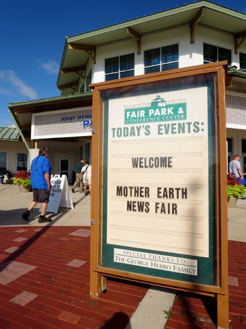 Birthday #Llamas, #Kombucha, & Like Minded People: My Mother Earth News Fair West Bend, #Wisconsin Recap! #menf #motherearthfair #motherearthnews