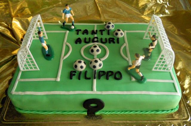 Torta Di Compleanno Per Bambini Decorazione Campo Da Calcio