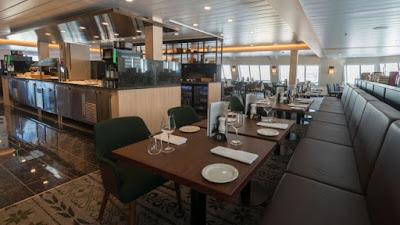 Hurtigruten's MS Spitsbergen Torget Dining Room