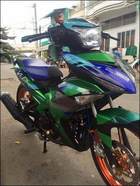 Sơn tem đấu Exciter 150 màu xanh Kawasaki - xanh GP