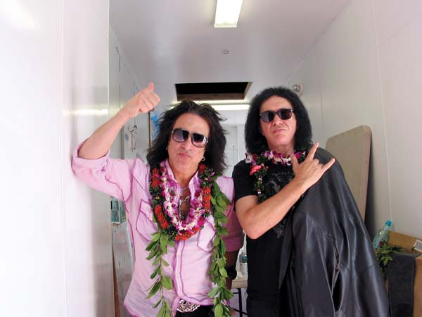 Paul & Gene Give Rocker Salutes at Their Rock & Brews Restaurant in Paia