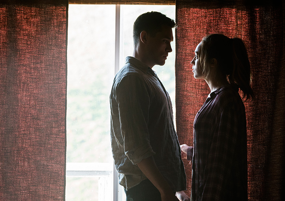 Alicia y Jake, en el episodio 5 de la temporada 3 de Fear The Walking Dead