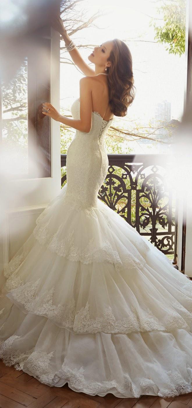 Wedding Dress Shadow Box 94 Beautiful Please contact Sophia Tolli