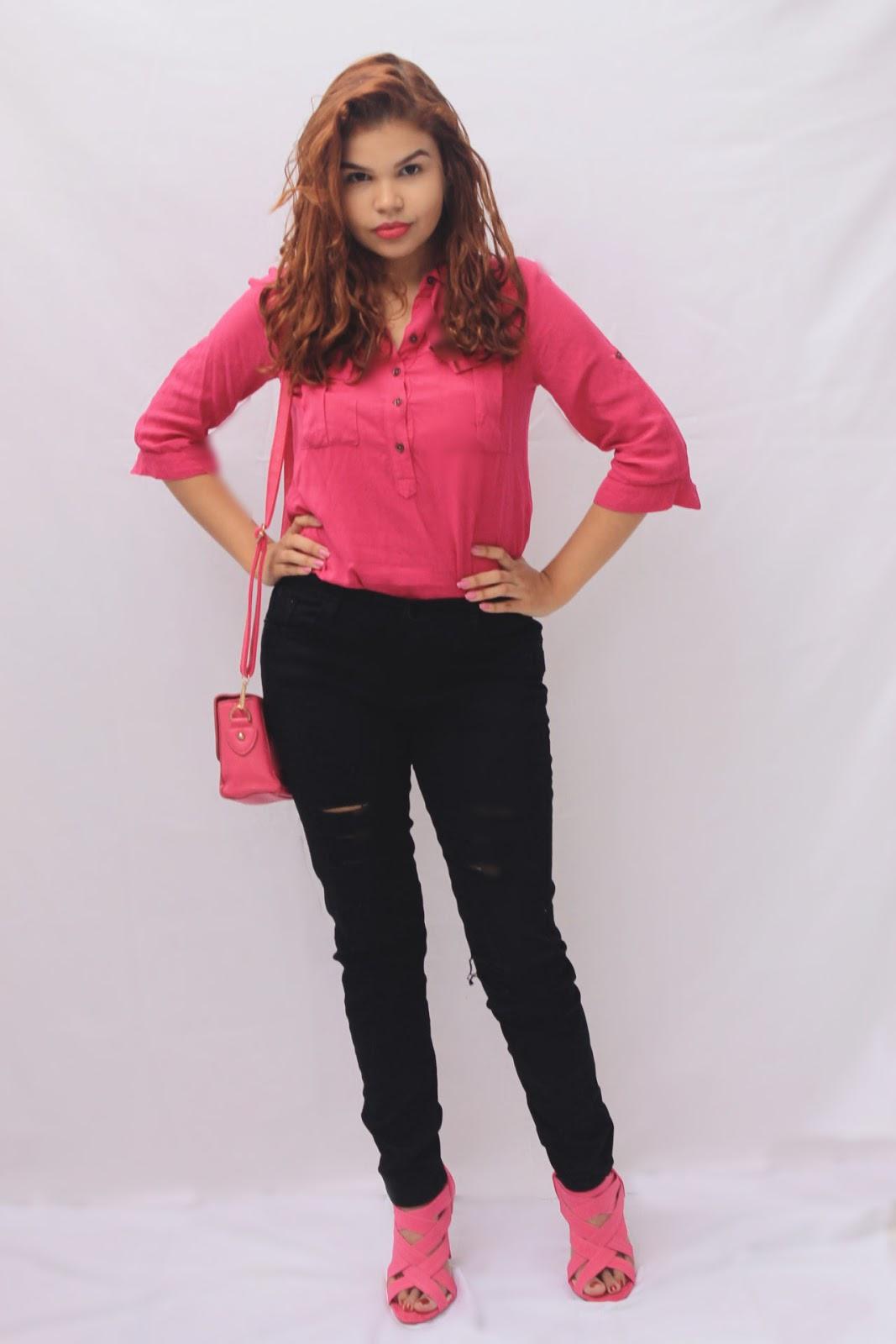 look barbie, look calça, look preto e rosa, look outubro rosa, look brechó, calça preta da china, salto rosa, look elegante, look sério arrumadinho, cabelo ondulado, blogueira ruiva