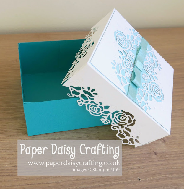 Lovely Flowers edgelits dies gift box Stampin Up