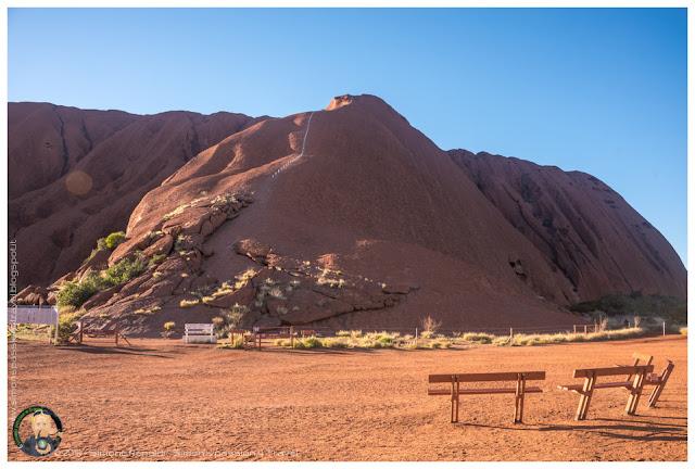 salita sulla cima di Uluru