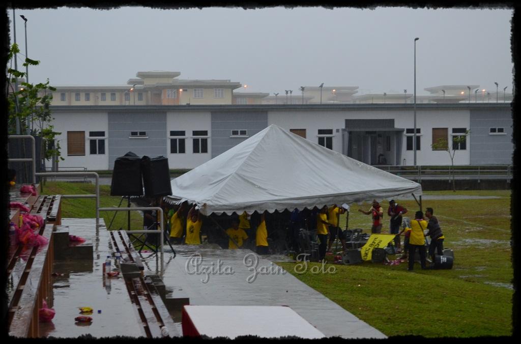 Gambar Hiasan Khemah Hari Sukan Sekolah  lestari kehidupanku azita zain december 2012
