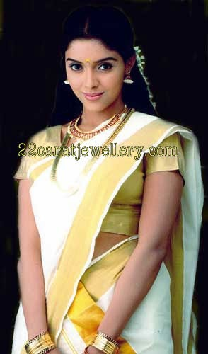 Asin In Heavy Bridal Set And Kasula Peru Jewellery Designs