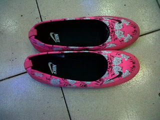 Sepatu Nike Slop Floware, Sepatu Nike Slip One, Sepatu Puma Slop, Sepatu Nike Floware, Sepatu Adidas Running, Sepatu Murah Impor