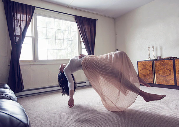 15+ Pics That Show Photography Is The Biggest Lie Ever - Levitation Photography