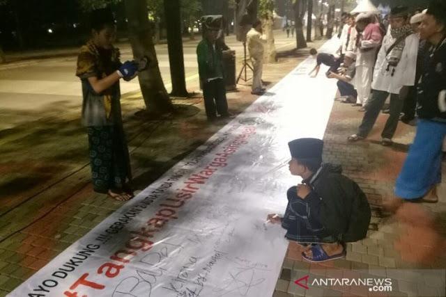 Aksi Dua Juta Tanda Tangan di GBK Tuntut Penghapusan DPT Invalid