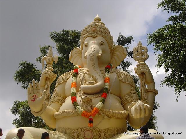 Kempfort Shiva Temple or Big Shiva Statue, Bangalore