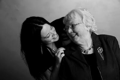 12 Cara Hidup Damai Bersama Mertua