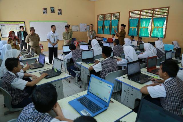 PJS Walikota Prabumulih Monitoring Pelaksanaan UNBK